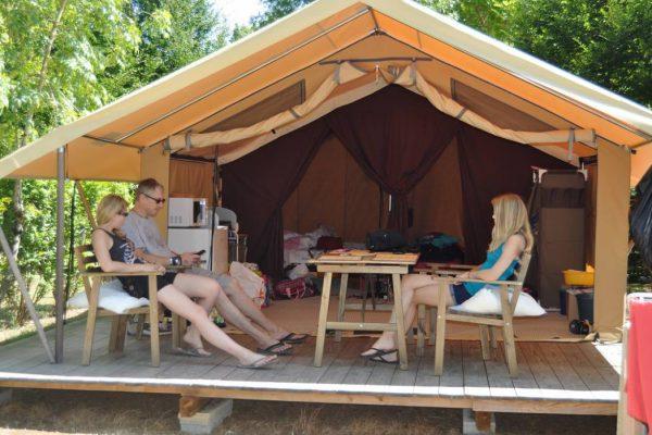 Découvrez les attraits touristiques du camping La Cigaline