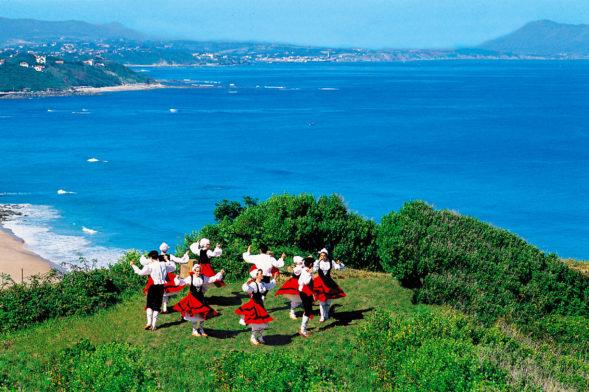 Profitez de vos vacances au camping Ur-Onea aux portes des Pyrénées-Atlantiques…