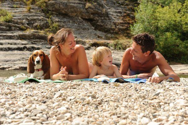 Pourquoi faire du camping naturiste ?
