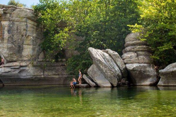 Les meilleurs campings en bord de rivière en Ardèche